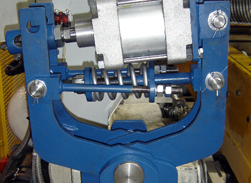 Trolley drive mechanism – brake with AHP pneumatic actuator